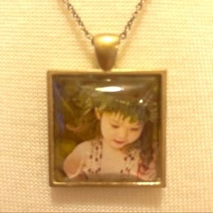 💜Hula Girl Square Necklace